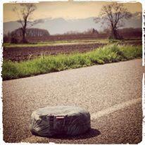 image méditation 3 coussin route
